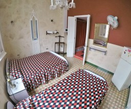 An image of Room 1 in Vista al Mar hostal in Old Havana
