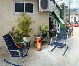 smoking area of Vista al Mar Bnb in Old Havana