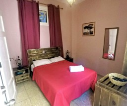 Double room in La Quimera Old Havana private guesthouse